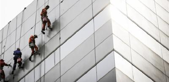 Нацкомфинуслуг разрешили внеплановые проверки страховщиков