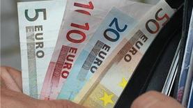 На встречном курсе: почему дорожает евро