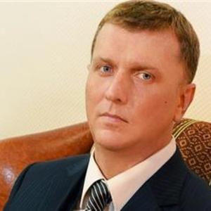 Почему суды арестовывают активы украинских олигархов