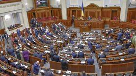 Депутаты приняли за основу президентский законопроект о валюте