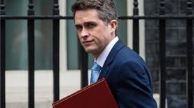 Великобритания выдала ордера на арест российского капитала