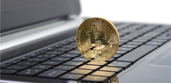 Курс криптовалют из топ-10 продолжает падать