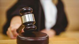 НБУ подал иски в суды Швейцарии и Украины против Коломойского